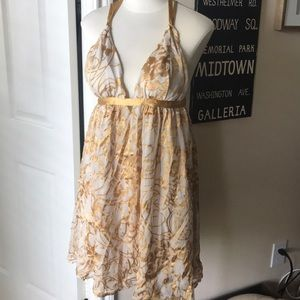 Arden b gold/cream dress